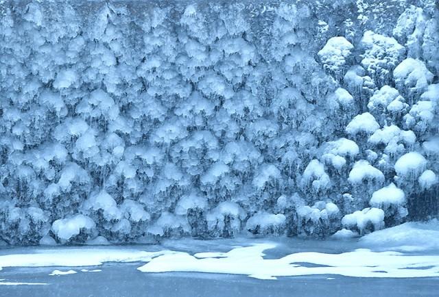 堰の氷_0453