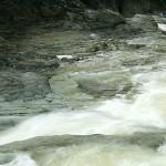 岩床の流れ_1456